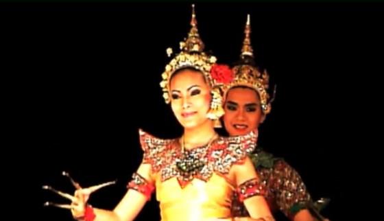 高橋典幸 バンコクでタイ舞踊を観劇する 1996年9月
