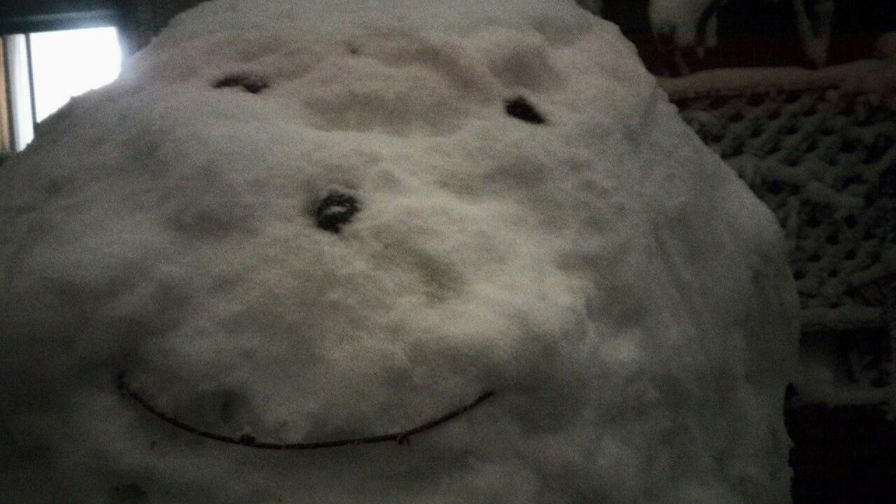 千葉県で等身大の雪だるまを作ってみた